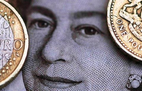 Банки Великобритании одобрили минимальное за два года число ипотечных кредитов