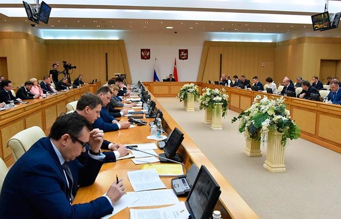Д. Медведев  подписал распоряжение  обобщедомовых расходах