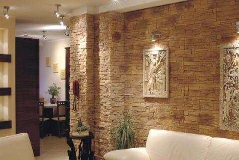Искусственный камень в интерьере квартиры: особенности процесса