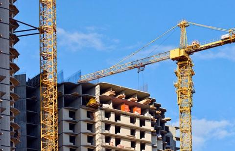 Застройщикам запретят одновременно строить несколько домов