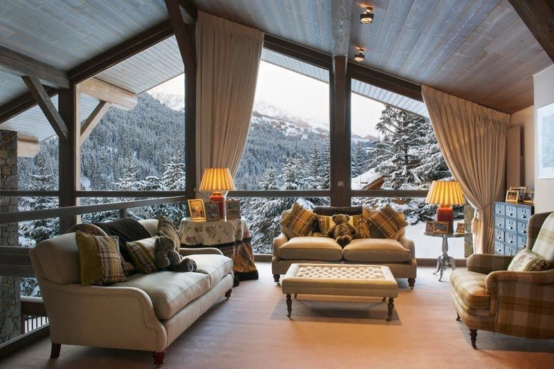 Панорамные окна имеют повышенную теплопроводность, что приводит к дополнительным затратам на отопление